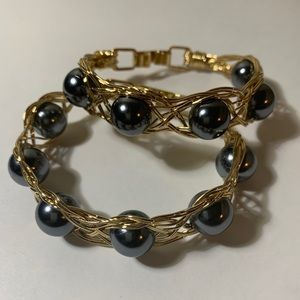 Gold Plated & Fresh Water Pearl Wire Bracelet